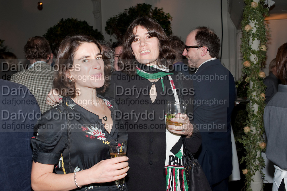 ESTHER FREUD; BELLA FREUD, Party for Perfect Lives by Polly Sampson. The 20th Century Theatre. Westbourne Gro. London W11. 2 November 2010. -DO NOT ARCHIVE-© Copyright Photograph by Dafydd Jones. 248 Clapham Rd. London SW9 0PZ. Tel 0207 820 0771. www.dafjones.com.