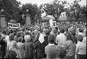 Women's Peace March In Dublin  (K50)..1976..28.08.1976..08.28.1976..28th August 1976..As part of the Peace Movement, set up by Ms Betty Williams and Ms Mairead Maguire in Northern Ireland, a march was organised for Dublin. Thousands of women took part in the march from St Stephen's Green, Dublin to the seat of government in Leinster House on Merrion Square, Dublin, to protest the continuing violence within the country.