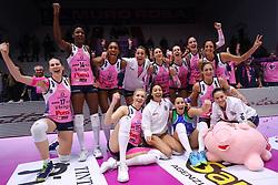 12-01-2019 ITA: Pomi Casalmaggiore - Il Bisonte Firenze, Cremona<br /> Pomi Casalmaggiore celebrate the victory<br /> <br /> *** Netherlands use only ***