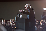 1/31/16 – Des Moines, IA – On the night before the Iowa caucus, Democratic presidential candidate SEN. BERNIE SANDERS gives a rally at Grand View University's Sisam Arena in Des Moines, Iowa. (Evan Sayles / The Tufts Daily)