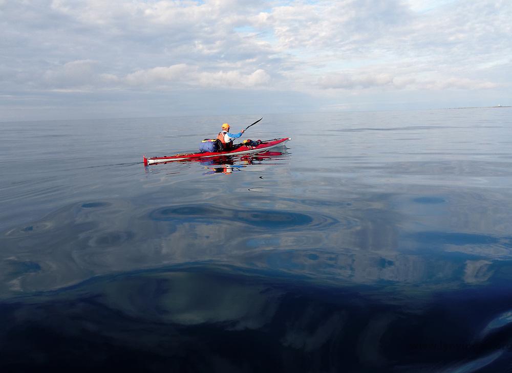 Kayaking past Lista, Listalandet