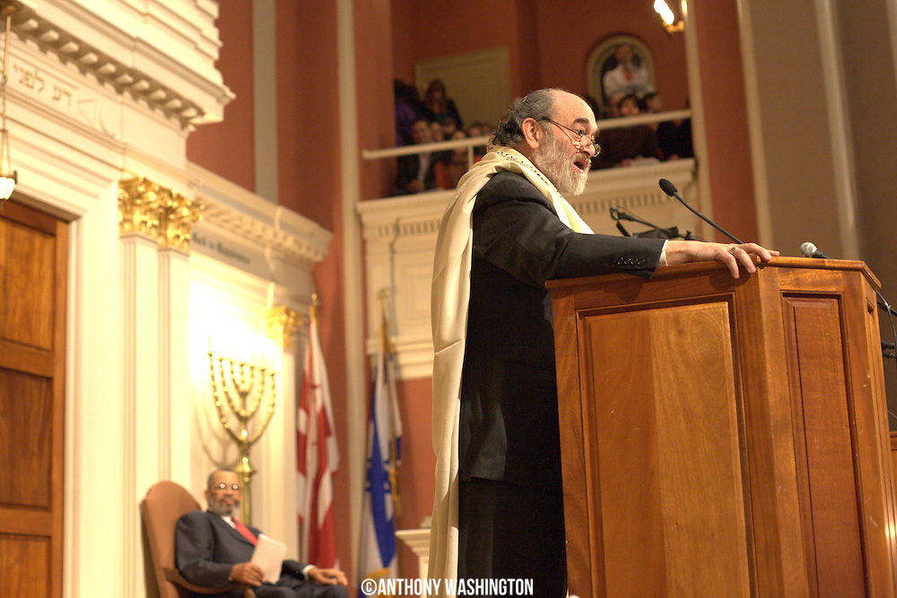 Cantor Larry Paul addresses the attendees of the 7th Annual Dr. Martin Luther King, Jr. Shabbat at the Sixth & I Synagogue in Washington, DC on Friday, January 14, 2011.