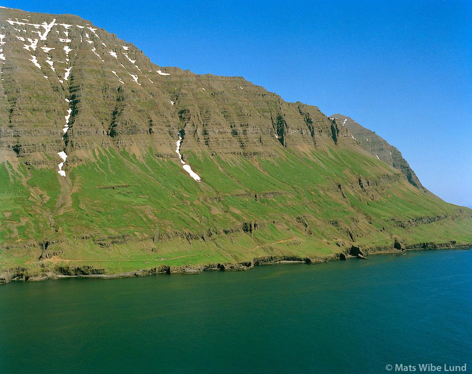 Eldleysa séð til norðausturs, Fjarðabyggð áður Mjóafjarðarhreppur / Eldleysa viewing northeast, Fjardabyggd former Mjoafjardarhreppur.