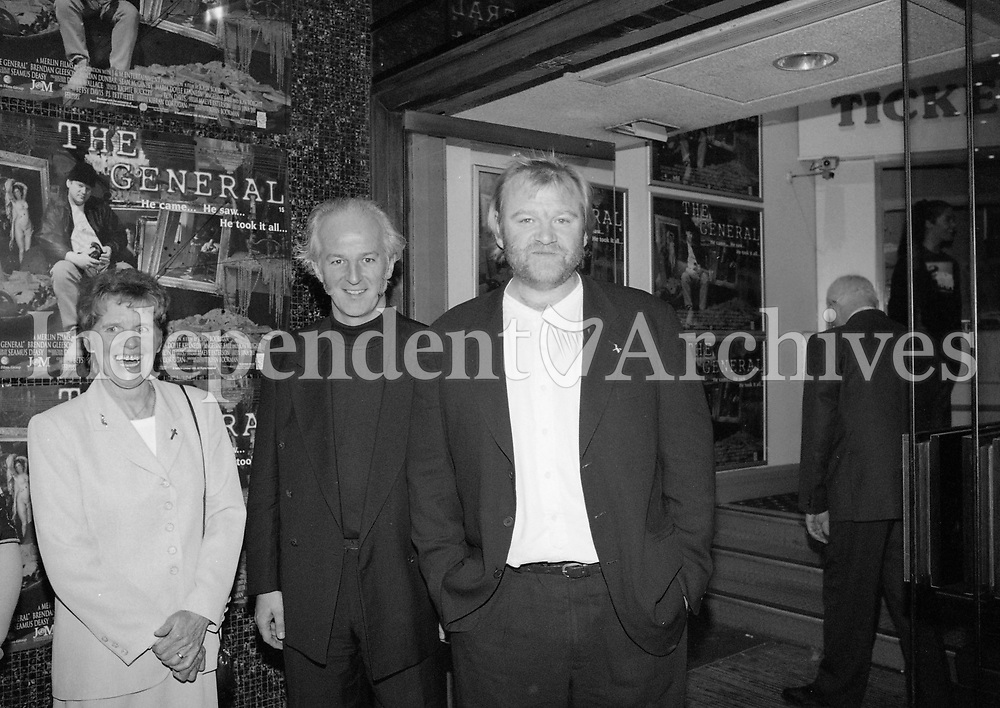 """Actor Brendan Gleeson who plays the crime boss Martin """"The General"""" Cahill in the Film The General with Co-star Sean McGinley arriving at the Movie Premier at the Savoy Cinema, Dublin, 27/05/1998 (Part of the Independent Newspapers Ireland/NLI Collection)."""