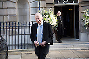 LORD ROTHSCHILD, guests leaving the wedding receptions for Jerry Hall to Rupert Murdoch, Spencer House, London. 5 March 2016