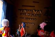 Tiradentes_MG, Brasil...Carnaval nas cidades historicas de Minas Gerais. Na foto, o bloco Saia do Casulo circulando pela regiao historica da cidade...The carnival in the historical city of Minas Gerais. In this photo, the Saia do Casulo carnival block in the historical center...Foto: LEO DRUMOND / NITRO