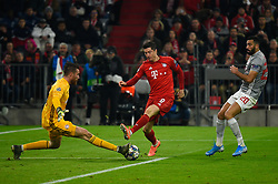 November 6, 2019, Munich, Germany: José Sá from Olympiacos (L), Robert Lewandowski from Bayern (C) and Yassine Meriah from Olympiacos (R) seen in action during the UEFA Champions League group B match between Bayern and Olympiacos at Allianz Arena in Munich. (Credit Image: © Bruno De Carvalho/SOPA Images via ZUMA Wire)