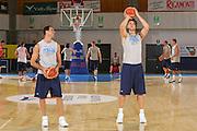 DESCRIZIONE : Bormio Ritiro Nazionale Italiana Maschile Preparazione Eurobasket 2007 Allenamento <br /> GIOCATORE : Andrea Bargnani Matteo Soragna<br /> SQUADRA : Nazionale Italia Uomini EVENTO : Bormio Ritiro Nazionale Italiana Uomini Preparazione Eurobasket 2007 GARA :<br /> DATA : 24/07/2007 <br /> CATEGORIA : Allenamento <br /> SPORT : Pallacanestro <br /> AUTORE : Agenzia Ciamillo-Castoria/S.Silvestri <br /> Galleria : Fip Nazionali 2007 <br /> Fotonotizia : Bormio Ritiro Nazionale Italiana Maschile Preparazione Eurobasket 2007 Allenamento <br /> Predefinita :