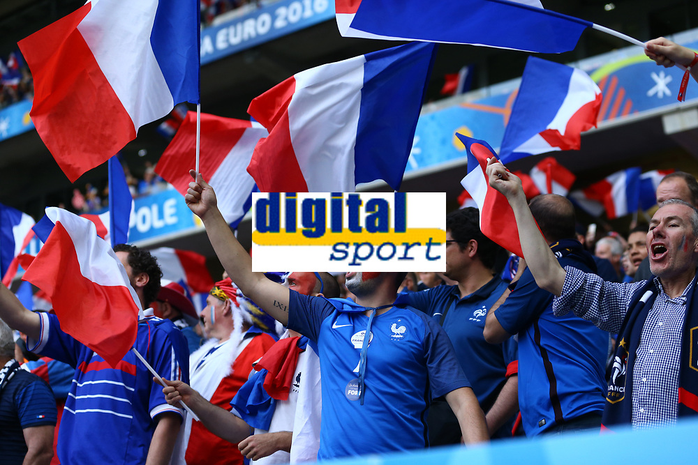 Tifosi Francia Fans France<br /> Lille 19-06-2016 Stade de Pierre Mauroy Footballl Euro2016 Switzerland - France / Svizzera - Francia Group Stage Group A. Foto Matteo Ciambelli / Insidefoto
