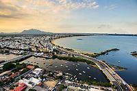 28-03-2015 Brasil - ES - Vitoria - Vista aerea no fim de tarde da praia de Camburi com o canal de Camburi e Mestre Alvaro - Foto: Gabriel Lordello/Mosaico Imagem