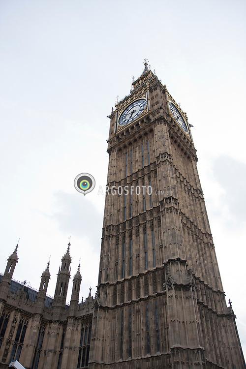 A Bell Tower em Londres, capital da Inglaterra. / The Bell Tower, capital of England.