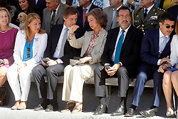 24.09.2015, Madrid, ESP, 25 Jahre Perro Guia ONCEs Foundation, im Bild Queen Sofia of Spain (c), Antonio González Terol Mayor of Bohadila del Monte (l) and ONCE's President Miguel Carballeda // during the 25th anniversary of 'Perro Guia ONCE's Foundation'. in Madrid, Spain on 2015/09/24. EXPA Pictures © 2015, PhotoCredit: EXPA/ Alterphotos/ Acero<br /> <br /> *****ATTENTION - OUT of ESP, SUI*****