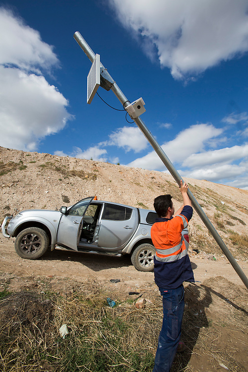 Time Lapse camera being installed at a site in Bendigo. It shoot a frame every ten minutes and straight away uploads  them to our servers for processing. This photograph can be used for non commercial uses with attribution. Credit: Craig Sillitoe Photography / http://www.csillitoe.com<br />