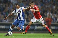 20110923: PORTO, PORTUGAL – FC Porto vs SL Benfica: Portuguese League 2011/2012. In photo: Guarin and Javi garcia .<br /> PHOTO: Ricardo Estudante/CITYFILES