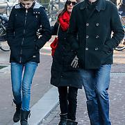 NLD/Amsterdam/20121208 - Herdenkingsdienst voor de verleden Jeroen Willems, Daniel Boissevain, partner Vanessa Henneman en dochter