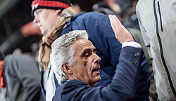 20.10.2016, Red Bull Arena, Salzburg, AUT, UEFA EL, FC Red Bull Salzburg vs OGC Nizza, Gruppe I, im Bild Präsident Jean Pierre Rivere (OGC Nizza) bei de Fans // President Jean Pierre Riviere (OGC Nice) at his Supporters during the UEFA Europa League group I match between FC Red Bull Salzburg and OGC Nizza at the Red Bull Arena in Salzburg, Austria on 2016/10/20. EXPA Pictures © 2016, PhotoCredit: EXPA/ JFK