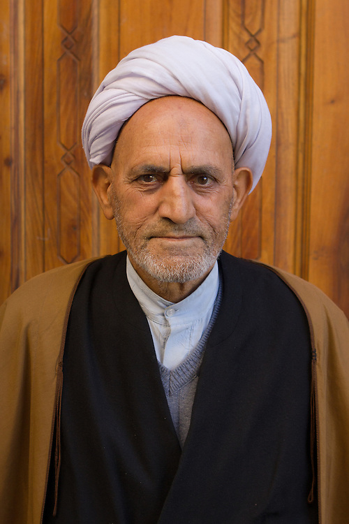 A Shi'a muslim imam in front of the Friday Mosque (Tabriz, Iran, 2012).