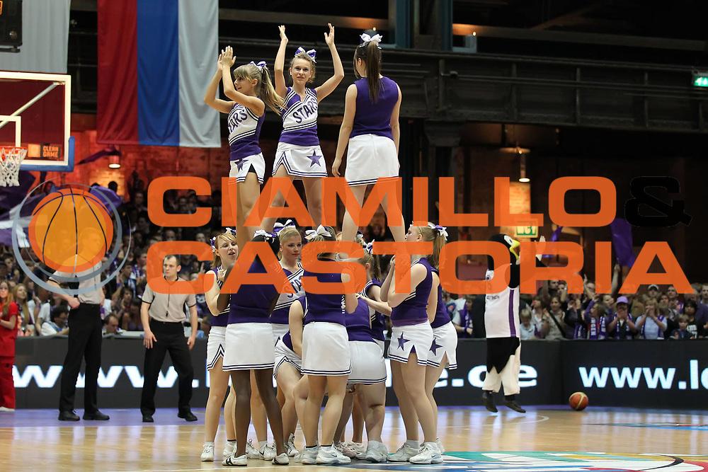 DESCRIZIONE : Gottingen Fiba Europe EuroChallenge Men Final Four 2010<br /> Semifinal BC Gottingen Roanne Basket<br /> GIOCATORE : cheerleaders<br /> SQUADRA : BC Gottingen<br /> EVENTO : Fiba Europe EuroChallenge Final Four 2010<br /> GARA : BC Gottingen Roanne Basket<br /> DATA : 30/04/2010<br /> CATEGORIA :<br /> SPORT : Pallacanestro <br /> AUTORE : Agenzia Ciamillo-Castoria/ElioCastoria<br /> Galleria : Fiba Europe EuroChallenge Final Four 2010<br /> Fotonotizia : Gottingen Fiba Europe EuroChallenge Men Final Four 2010<br /> Semifinal BC Gottingen Roanne Basket<br /> Predefinita :