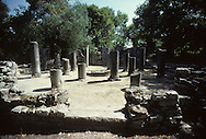 Abania in 1981 under the communist regime. butrint.: at the greek border, these ruins are the witnesses of the illarian civilisation from which the ns are the descendants classical theater,  / Butrint: A la frontière grecque. Théâtre antique et sculpture