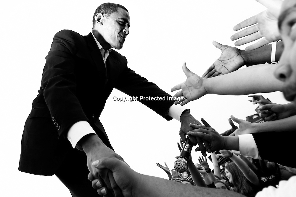 U.S. Senator Barack Obama addresses a crowd of supporters at a rally in Austin, Texas, February 23, 2007.
