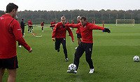Photo: Paul Thomas.<br /> Manchester United training session. UEFA Champions League. 16/10/2006.<br /> <br /> Wayne Rooney.