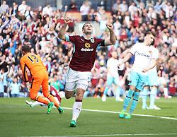 Sam Vokes of Burnley celebrates scoring his sides first goal - Mandatory by-line: Jack Phillips/JMP - 21/05/2017 - FOOTBALL - Turf Moor - Burnley, England - Burnley v West Ham United - Premier League