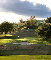 MONTECATINI - Hole 18 op Golfclub Montecatini in Toscane.COPYRIGHT KOEN SUYK Montecatini - Montecatini Golf Club en resort, terme, COPYRIGHT KOEN SUYK