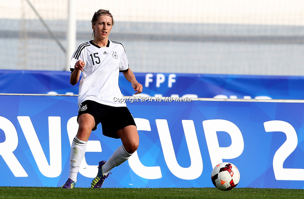 Fifa Womans World Cup Canada 2015 - Preview //<br /> Algarve Cup 2015 Tournament ( Vila Real San Antonio Sport Complex - Portugal ) - <br /> Germany vs Sweden 2-4   - Kathrin Hendrich of Germany