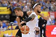 DESCRIZIONE : Berlino Berlin Eurobasket 2015 Group B Italy Germany <br /> GIOCATORE :  Daniel Hackett<br /> CATEGORIA : Palleggio fallo curiosita<br /> SQUADRA :Italy<br /> EVENTO : Eurobasket 2015 Group B <br /> GARA : Italy Germany <br /> DATA : 09/09/2015 <br /> SPORT : Pallacanestro <br /> AUTORE : Agenzia Ciamillo-Castoria/I.Mancini <br /> Galleria : Eurobasket 2015 <br /> Fotonotizia : Berlino Berlin Eurobasket 2015 Group B Italy Germany