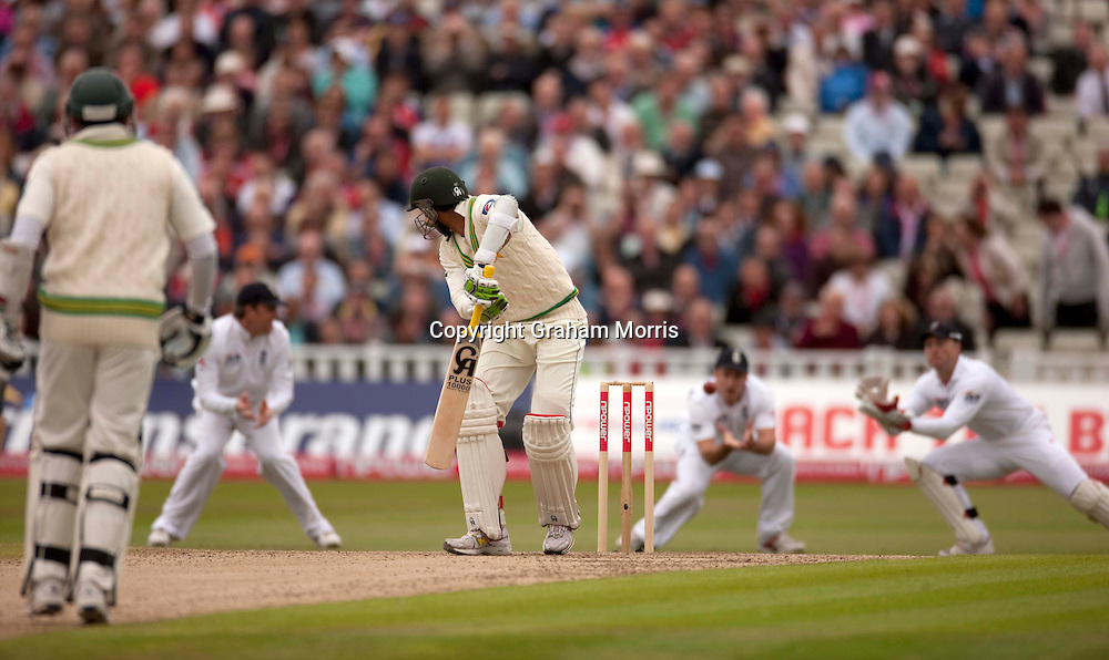 Wicket keeper Matt Prior catches Shoaib Malik as Andrew Strauss celebrates during the second npower Test Match between England and Pakistan at Edgbaston, Birmingham.  Photo: Graham Morris (Tel: +44(0)20 8969 4192 Email: sales@cricketpix.com) 06/08/10