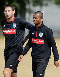 09.08.2010. Arsenal Training Ground, London, ENG, Nationalteam England Training, im Bild Chelsea duo Frank Lampard and Ashley Cole, EXPA Pictures © 2010, PhotoCredit: EXPA/ IPS/ Marcello Pozzetti *** ATTENTION ..*** UK AND FRANCE OUT! / SPORTIDA PHOTO AGENCY