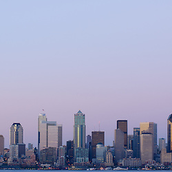 A night time view of the Seattle skyline.