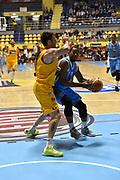 DESCRIZIONE : Torino Lega A 2015-16 Manital Torino - Vanoli Cremona<br /> GIOCATORE : Elston Turner<br /> CATEGORIA : <br /> SQUADRA : Vanoli Cremona<br /> EVENTO : Campionato Lega A 2015-2016<br /> GARA : Manital Torino - Vanoli Cremona<br /> DATA : 01/11/2015<br /> SPORT : Pallacanestro<br /> AUTORE : Agenzia Ciamillo-Castoria/M.Matta<br /> Galleria : Lega Basket A 2015-16<br /> Fotonotizia: Torino Lega A 2015-16 Manital Torino - Vanoli Cremona