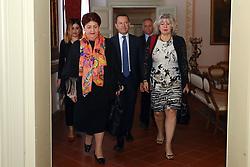 MINISTRO TERESA BELLANOVA CON MICHELE CAMPANARO E SIMONA CASELLI<br /> MINISTRO TERESA BELLANOVA IN PREFETTURA A FERRARA