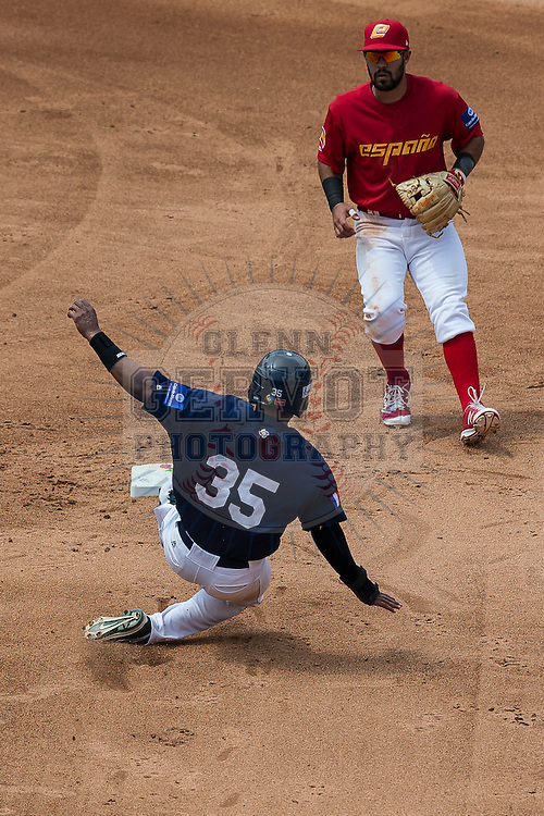 Shots taken during the second game of Team France during the World Baseball Classic Qualifier against Team Spain, at Rod Carew Stadium in Panama City, Panama.<br /> France won 5-3.<br /> 18/03/2016<br /> Credit photo : Glenn Gervot