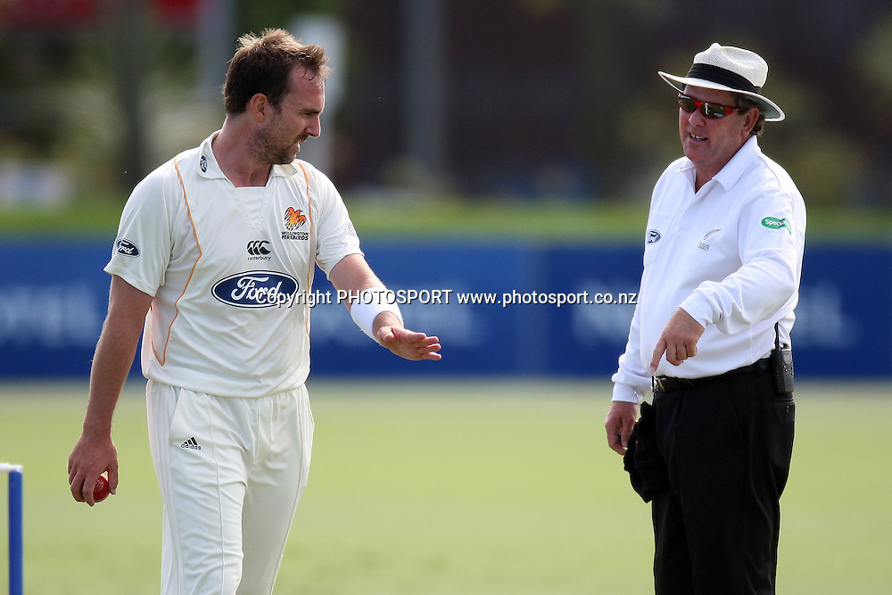 Mark Gillespie speaks to the umpire, Plunket Shield, 4 day domestic cricket. Auckland Aces v Wellington Firebirds, Colin Maiden Park, Auckland. 23 March 2011. Photo: William Booth/photosport.co.nz