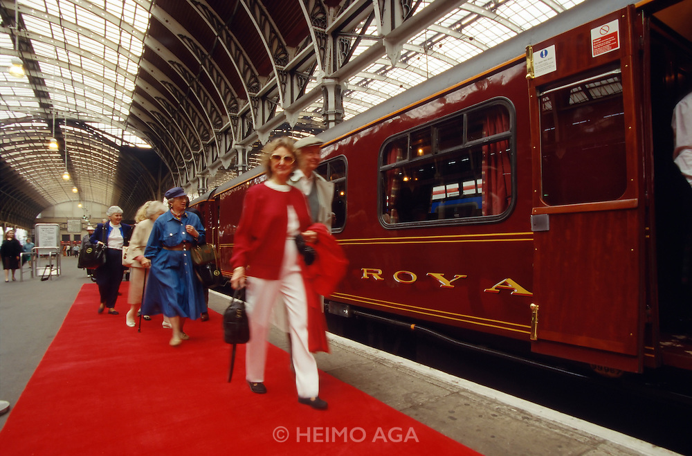 Paddington station; red carpet for passengers boarding the Royal Scotsman.