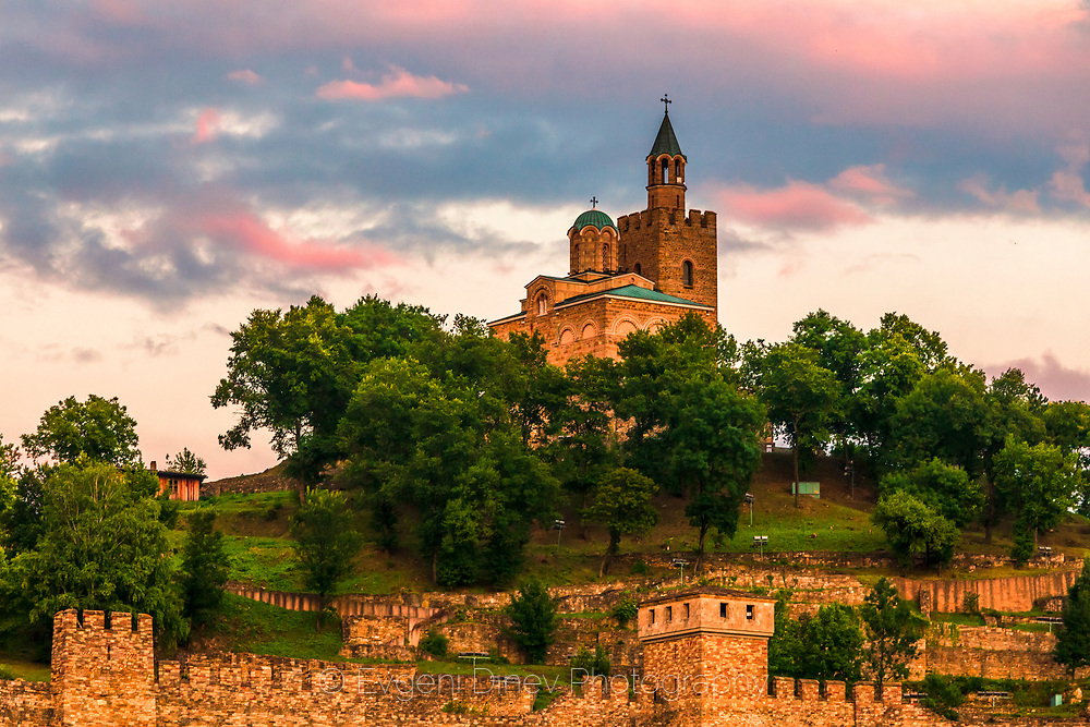 Tsarevets palace in Veliko Tarnovo at sunset