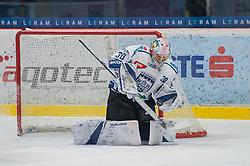 23.02.2018, Ice Rink, Znojmo, CZE, EBEL, HC Orli Znojmo vs Fehervar AV 19, Qualifikationsrunde, im Bild MacMillan Carruth (Fehervar AV19) // during the Erste Bank Icehockey League qualification round match between HC Orli Znojmo and Fehervar AV 19 at the Ice Rink in Znojmo, Czech Republic on 2018/02/23. EXPA Pictures © 2018, PhotoCredit: EXPA/ Rostislav Pfeffer