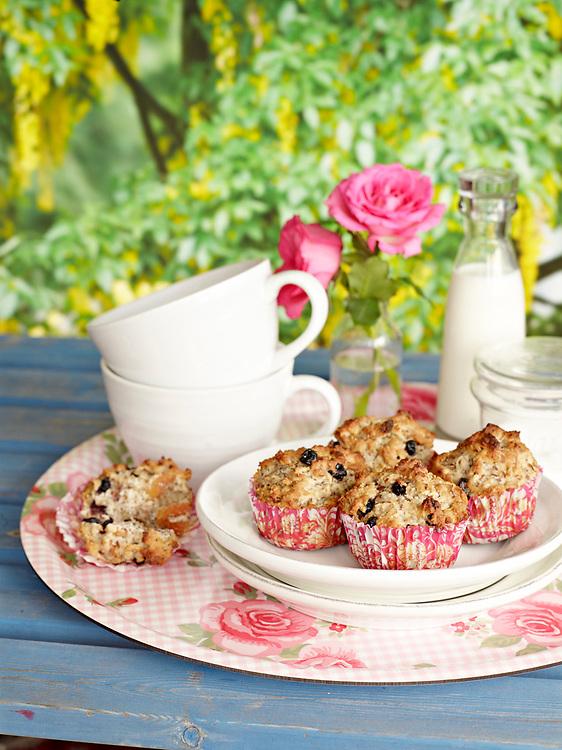 Motiv: Frukost i det gr&ouml;na Picnicbak<br /> Recept: Katarina Carlgren<br /> Fotograf: Thomas Carlgren<br /> Anv&auml;ndningsr&auml;tt: Publ en g&aring;ng<br /> Annan publicering kontakta fotografen