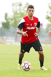 02.07.2014, Trainingsplatz, Augsburg, GER, FS Vorbereitung, FC Augsburg, im Bild FCA Neuzugang Shawn Parker (# 9, FC Augsburg) bei seinem ersten Training // during a practice session of German 1st Bundesliga Club FC Augsburg at the Trainingsplatz in Augsburg, Germany on 2014/07/02. EXPA Pictures © 2014, PhotoCredit: EXPA/ Eibner-Pressefoto/ Fastl<br /> <br /> *****ATTENTION - OUT of GER*****