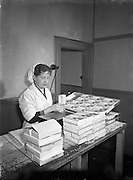 05/02/1955<br /> 02/05/1955<br /> 05 February 1955<br /> <br /> Fish Processing at Messrs. Nolan, Fish Markets, Dublin. Special for 'Irish Fishing'