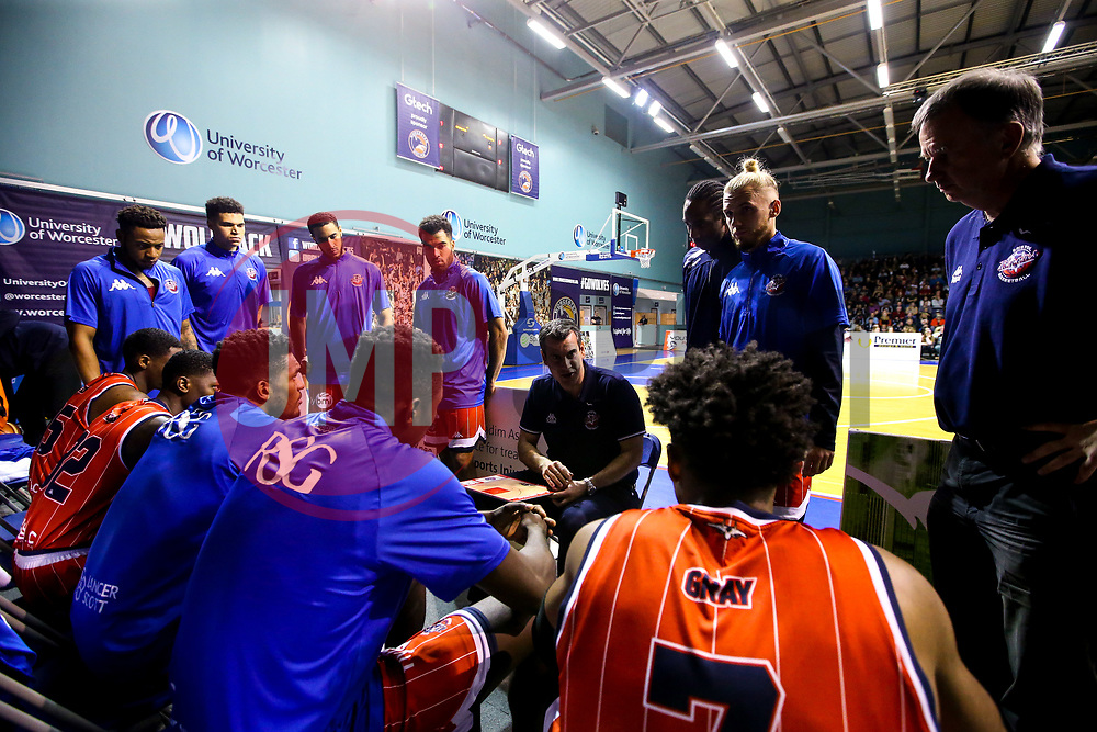 Bristol Flyers head coach, Andreas Kapoulas gives a team talk - Mandatory by-line: Robbie Stephenson/JMP - 05/10/2018 - BASKETBALL - University of Worcester Arena - Worcester, England - Bristol Flyers v Worcester Wolves - British Basketball League