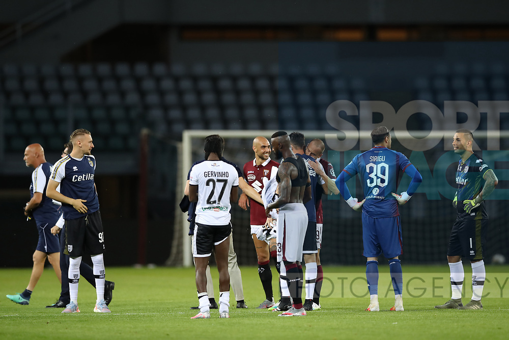 Opposing players chat and smile after the final whistle of the Serie A match at Stadio Grande Torino, Turin. Picture date: 20th June 2020. Picture credit should read: Jonathan Moscrop/Sportimage