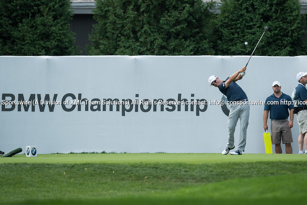 September 8, 2016: Zach Johnson tees off on hole number 1 during the first round of the BMW Championship at Crooked Stick Golf Club in Carmel, IN.  (Photo by Zach Bolinger/Icon Sportswire)