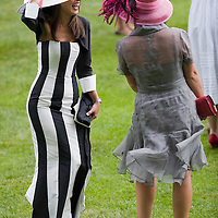 ASCOT, ENGLAND - JUNE 20: Fashion at the fifth and final day of Royal Week  at Ascot Racecourse on June 20, 2009 in Ascot, England  (Photo by Marco Secchi/Getty Images)