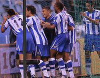 Fotball<br /> La Liga Spania 2005/2006<br /> Deportivo La Coruna v Atletico Madrid<br /> Foto: Miguelez/Digitalsport<br /> NORWAY ONLY<br /> <br /> Deportivo jubler for scoing