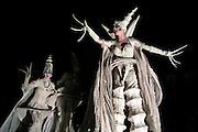 Nederland, Nijmegen, 1-1-2005De theatergroep Close Act geeft een uitvoering op het Keizer karelplein bij de opening van de viering tgv het 2000 jarig bestaan van deze oudste stad van Nederland.Straattheater, steltlopers, fantasie, mythische figurenFoto: Flip Franssen/Hollandse Hoogte