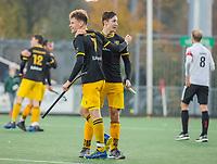 AMSTELVEEN -  Jelle Galema (Den Bosch) met Jasper Tukkers (Den Bosch)   na de competitie hoofdklasse hockeywedstrijd mannen, Amsterdam- Den Bosch (2-3).  . COPYRIGHT KOEN SUYK