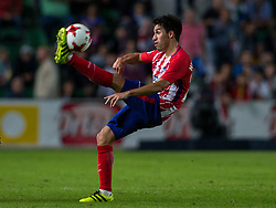 October 25, 2017 - Elche, Elche, Spain - Nico Gaitan control the ball during the Spanish Copa del Rey (King's Cup) round of 32 first leg football match between.Elche CF and Atletico de Madrid at the Martinez Valero stadium in Elche (Credit Image: © Sergio Lopez/Pacific Press via ZUMA Wire)